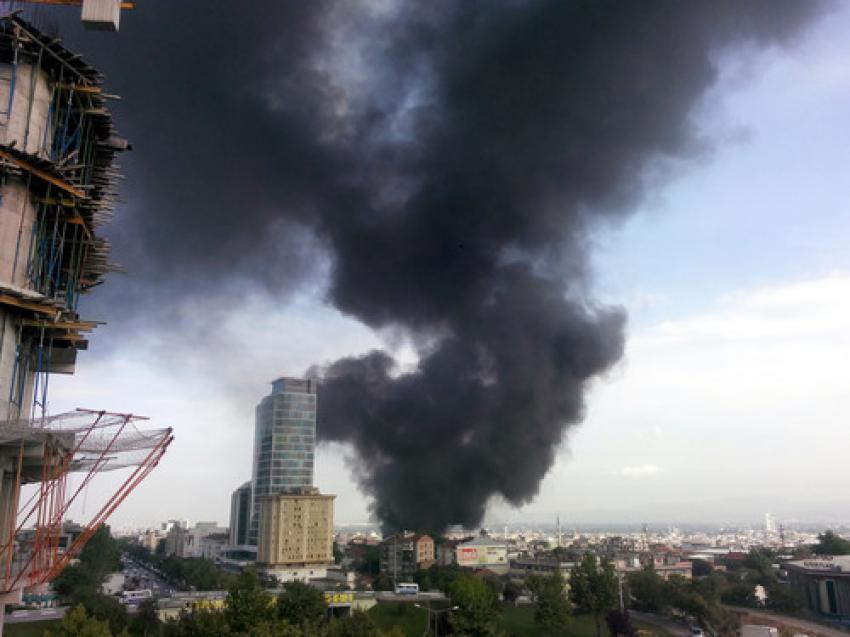 Bursa'da depo yangını