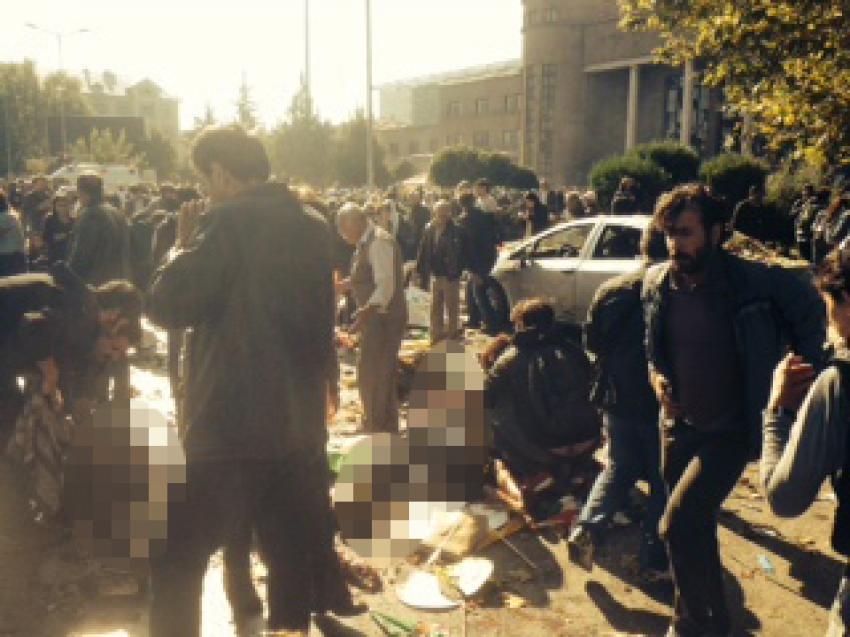 Ankara'da miting alanındaki patlamadan ilk görüntüler