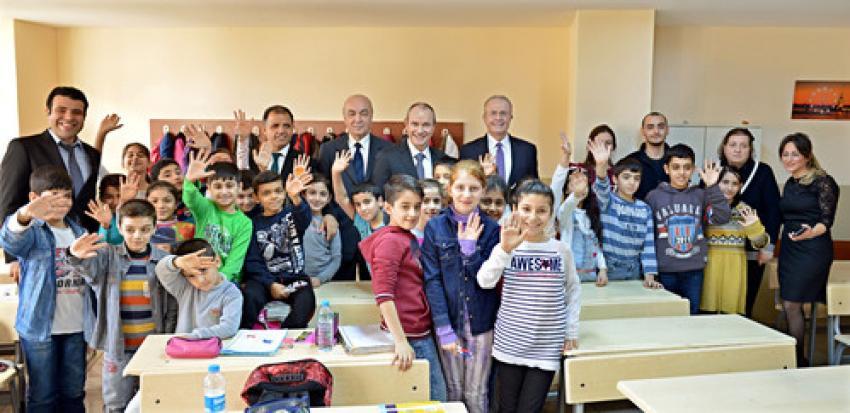 1,5 milyon çocuğa yol güvenliği eğitimi