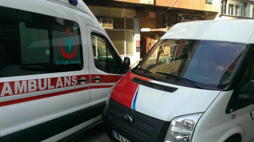 Hatalı parklar ambulanslara engel oluyor