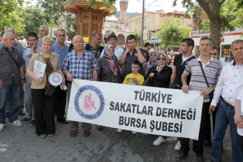 Bursa'da engelli eylemi