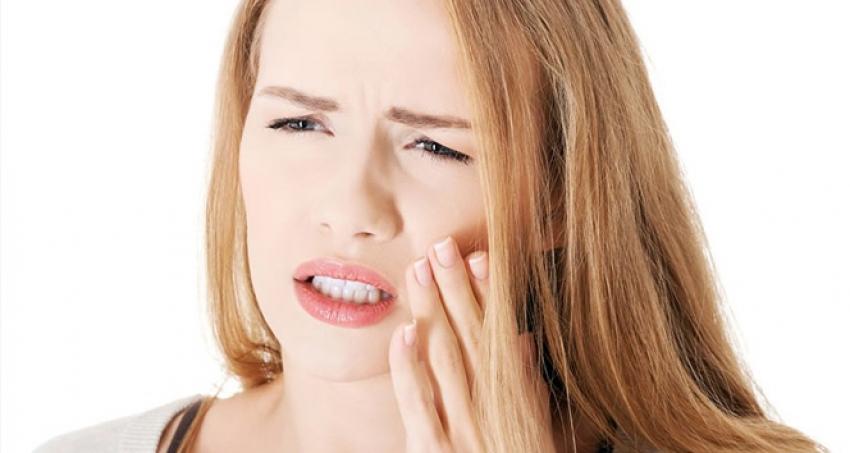 Gece diş sıkmanın sebebi...