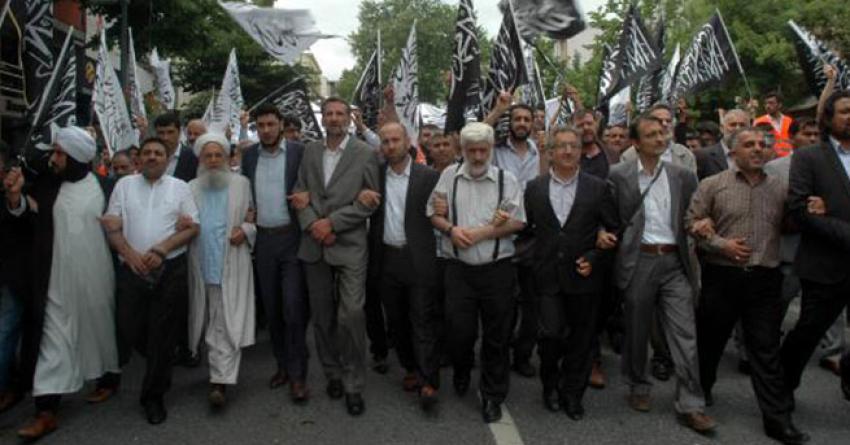 İstanbul'da hilafet çağrısı