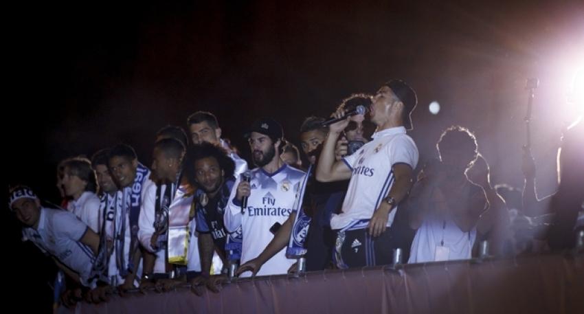 Real Madrid şampiyonluğu kutladı