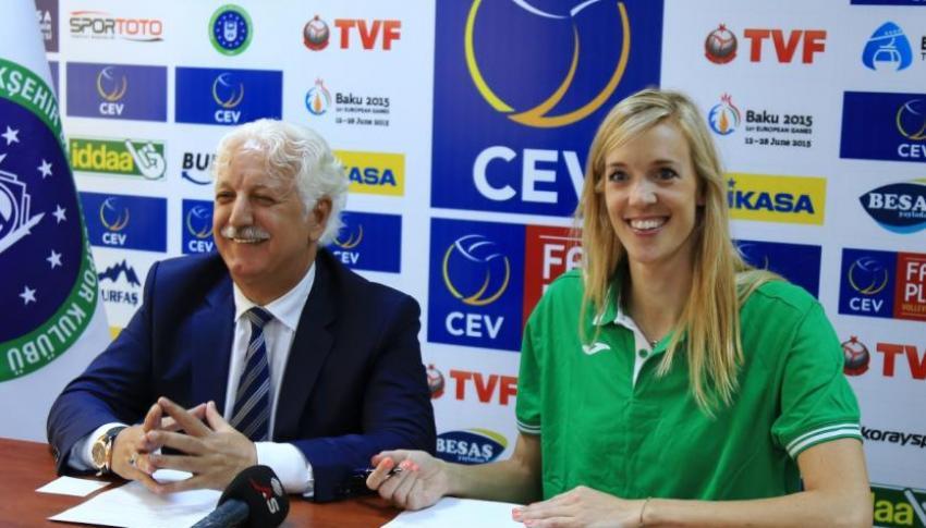 Büyükşehir Belediyespor'da Michel imzaladı