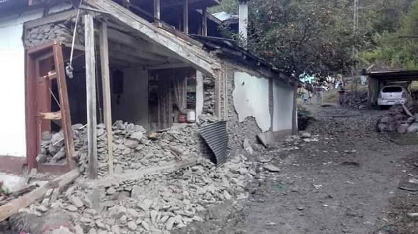 Hindistan-Pakistan arasında gerginlik: 16 ölü