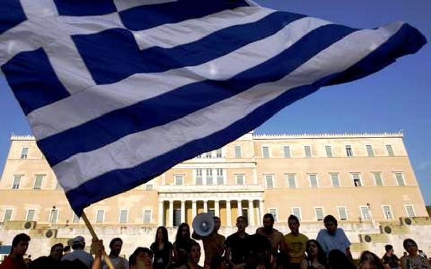 Yunanistan niçin kurtulamıyor?