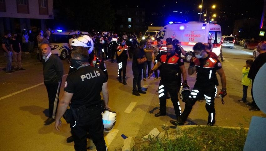 Yunus polisleri kaza yaptı: 2'si polis 4 yaralı