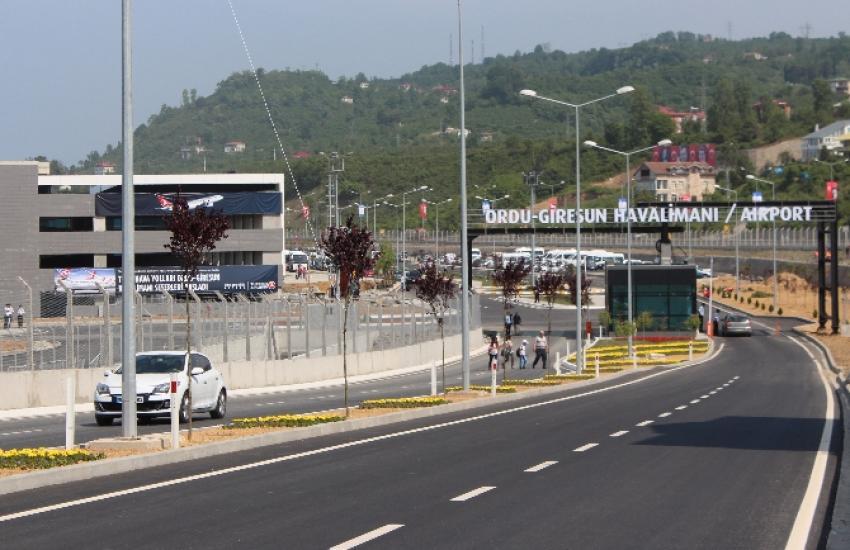 Havaalanı açıldı, oteller doldu