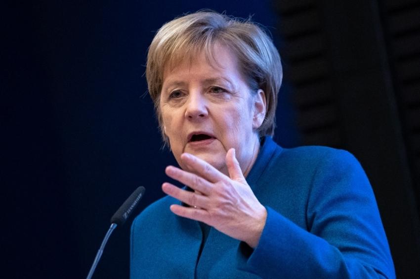 Merkel G20 zirvesinin açılışına yetişemedi