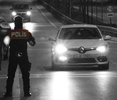 """Polisten 10 ilde """"Taksi"""" Uygulaması"""