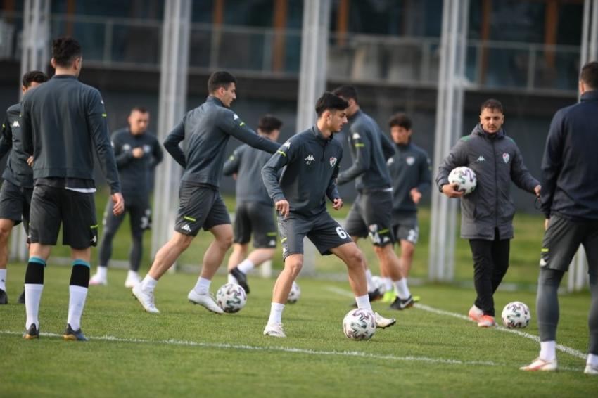 Bursaspor Bandırmaspor maçı hazırlıklarını tamamladı