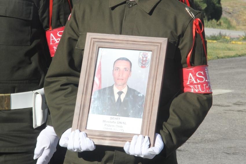 Pençe Harekatı'nda şehit düşen asker törenle memleketine uğurlandı