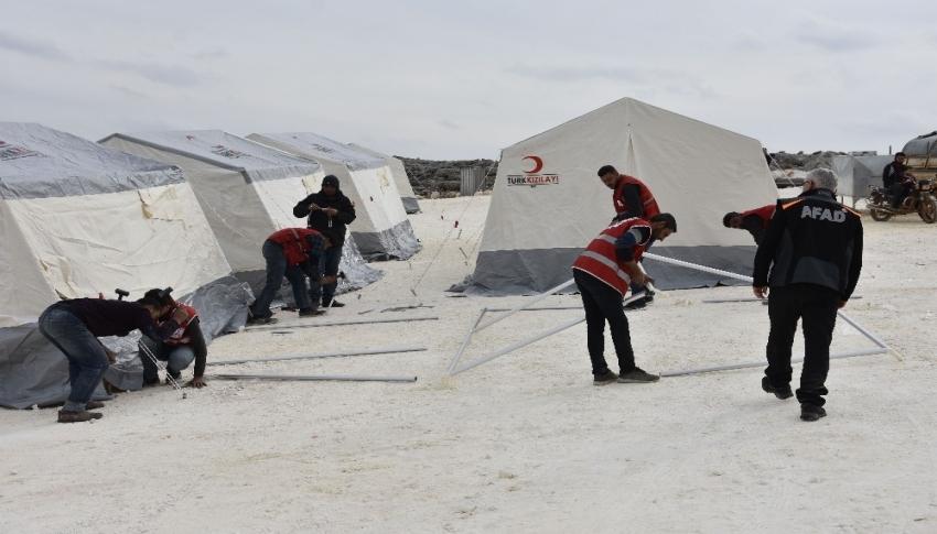 Suriye'de kalıcı briket ev yapım çalışmaları devam ediyor