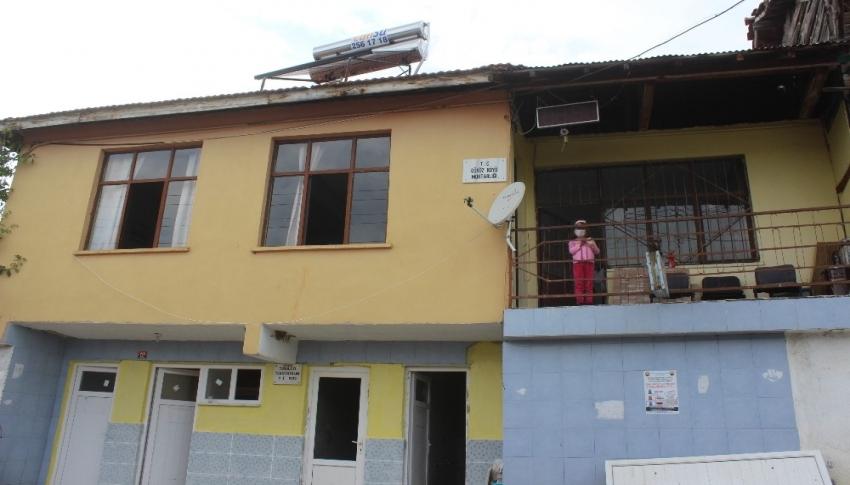 Bursa'da eğitim için kahve okula dönüştü