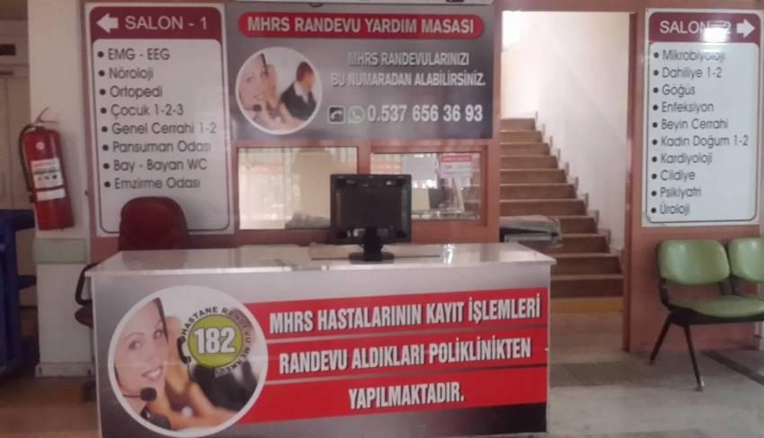 """Türkiye'de ilk defa """"WhatsApp Hastane Hattı"""" kuruldu"""
