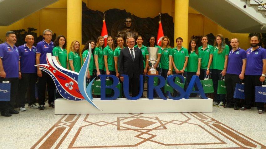 Bursa Büyükşehir Belediyespor'da 3 ayrılık!