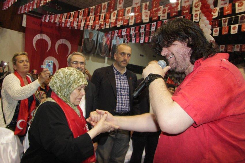 MHP'lilerin Ahmet Şafak coşkusu