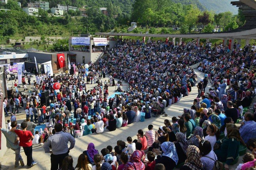 Bursa'da gençlik şöleni