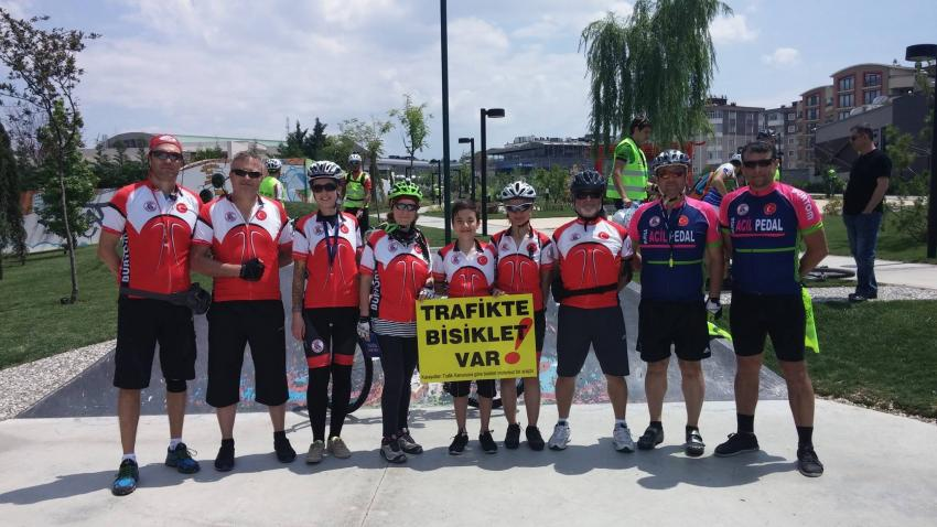 Bursalı bisikletçilerden protesto