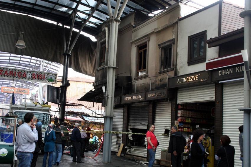 Bursa'da tarihi çarşıda yangın!