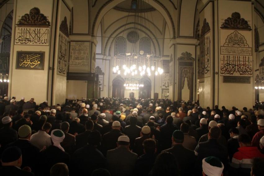 Bursa'da 20 camide hatimli teravih namazı kılınacak