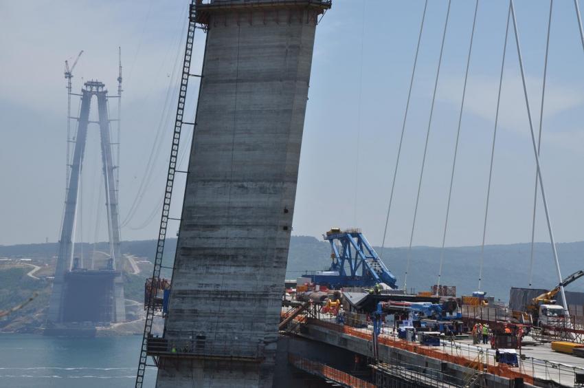 'Üçüncü köprünün bir telinin kopması için 4 tonluk güce ihtiyacı var'