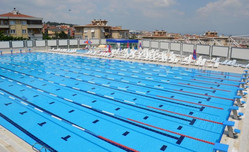 Bursa'daki yüzme havuzları denetim altında
