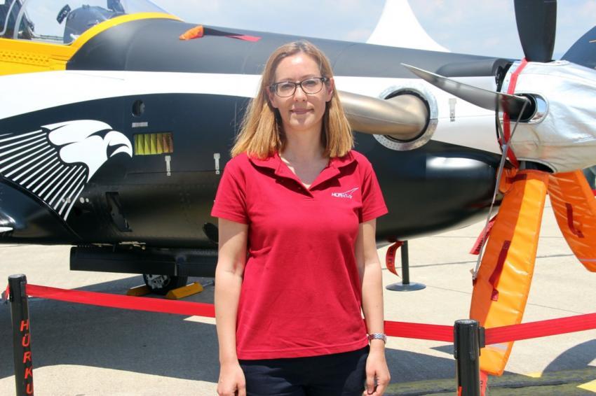 Türk kadını havada öncü