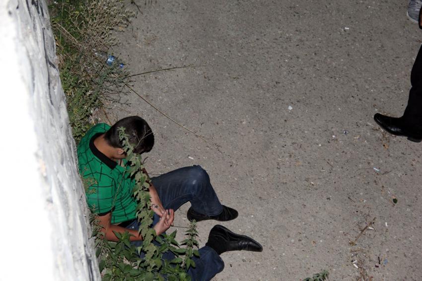 Bursa'da uyuşturucu bağımlısı genç dereye düştü