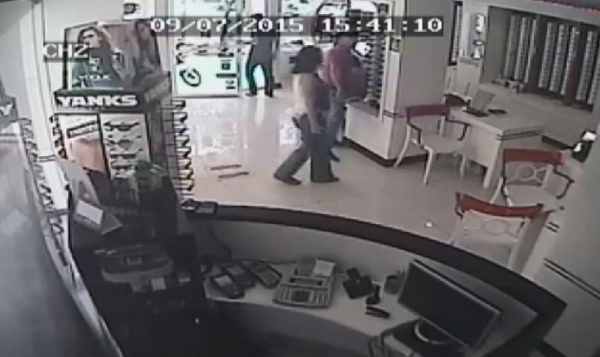 Kolombiyalı hırsızlar kameralardan kaçamadı