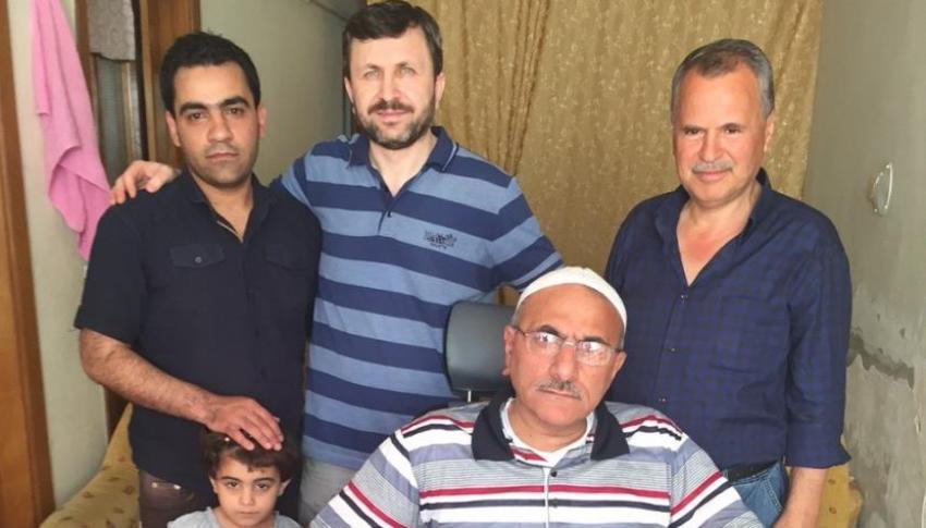 Suriyeli engelli esnafa Bursalı işadamından akülü sandalye