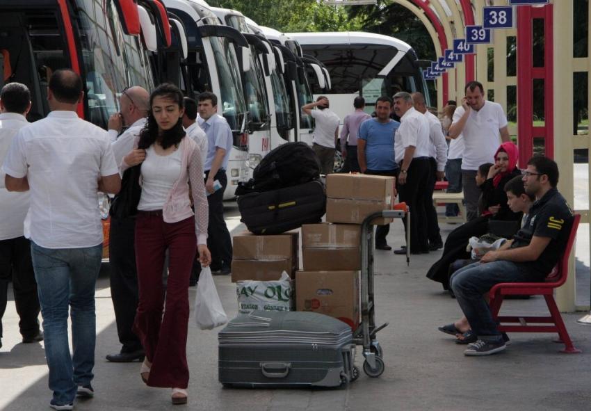 Bursa terminalinde yoğunluk zirve yaptı