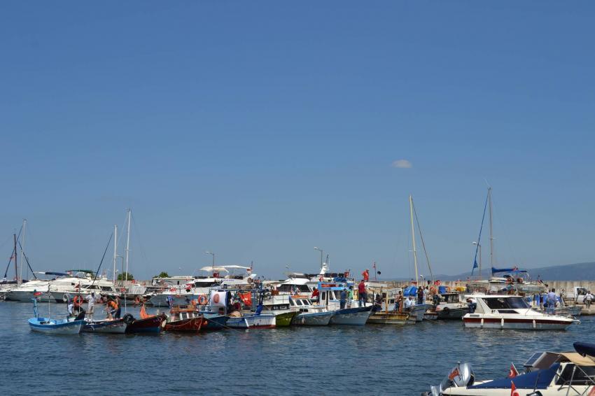 Bursa'da balıkçılardan barınak tepkisi!