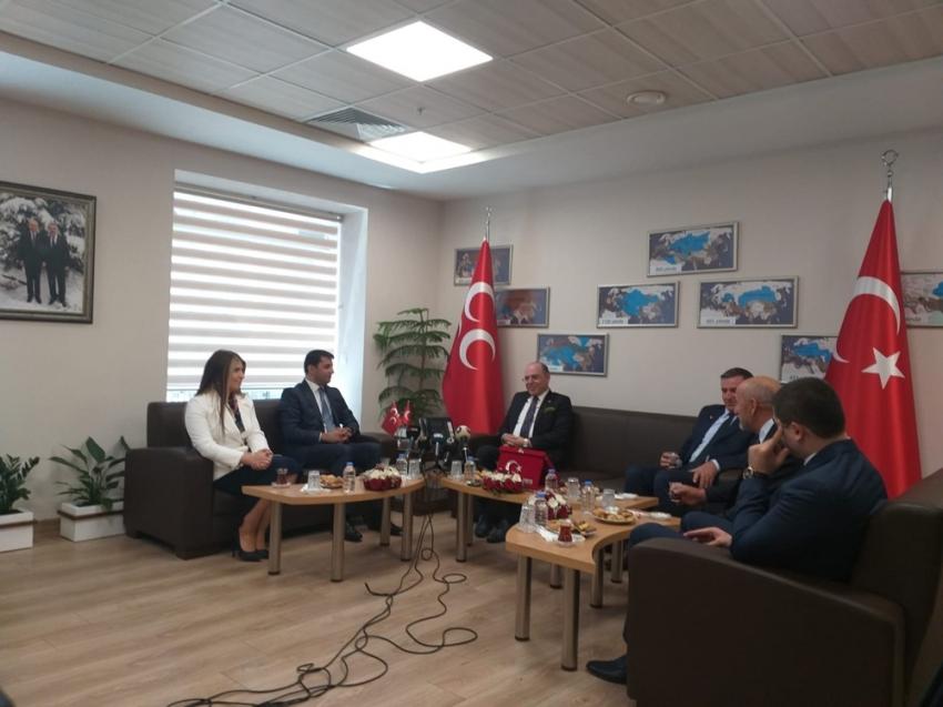 Partilerden MHP'ye Kurban Bayramı ziyareti