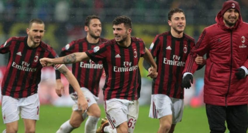 Derbiyi kazanan Milan yarı finalde