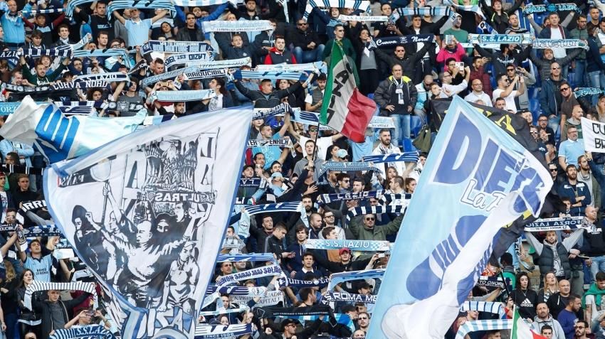 Lazio taraftarı İtalya'yı karıştırdı