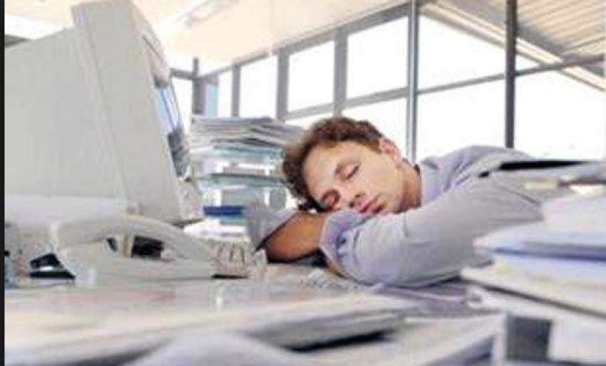 'Orucu uykuyla geçirmek sevabını...'