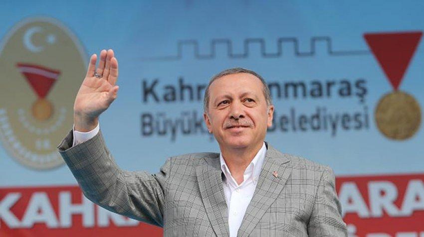 """""""Terör örgütünü arkasına almış demokrasiden bahsediyor"""""""