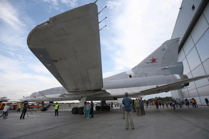 Rusya yapay zekalı savaş uçağını tanıttı