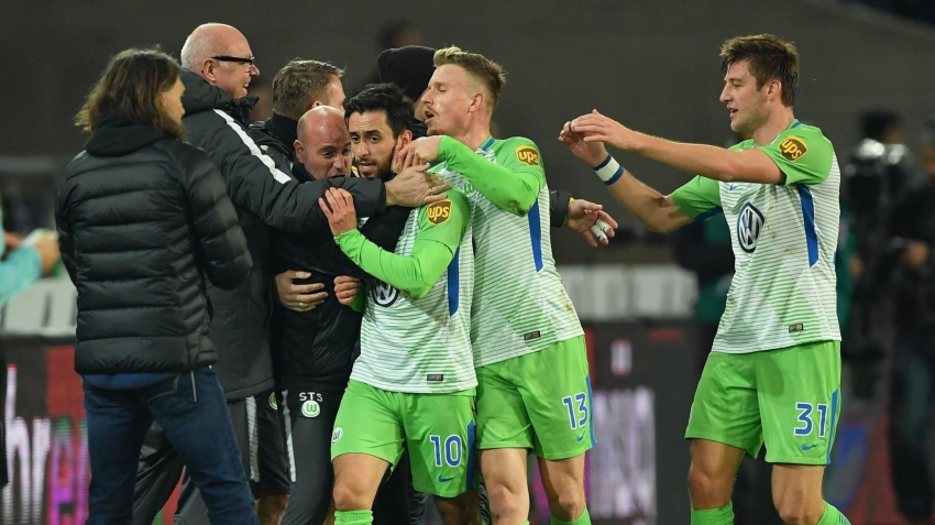 Wolfsburg, Yunus Mallı'nın golüyle kazandı