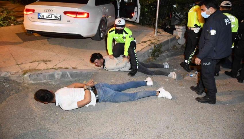 """Polis """"Direnme yat"""" dedi yatmadı, yatırıldı kalkmadı - Bursa.com"""