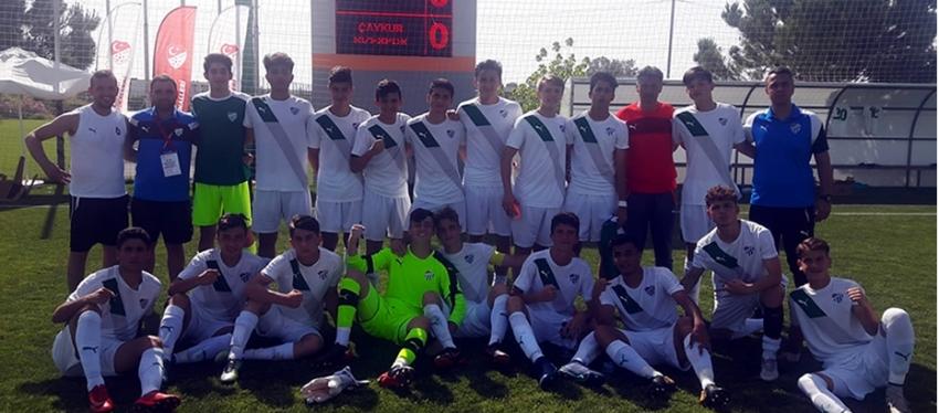 Bursaspor U15 Takımı finalde