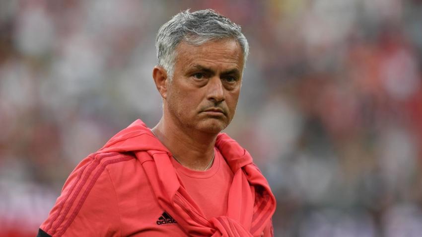 Mourinho'ya transfer engeli!