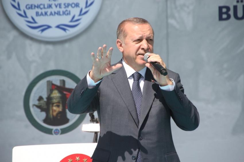 """Erdoğan, """"BU MİLLETE EĞİLMEK YOK"""""""