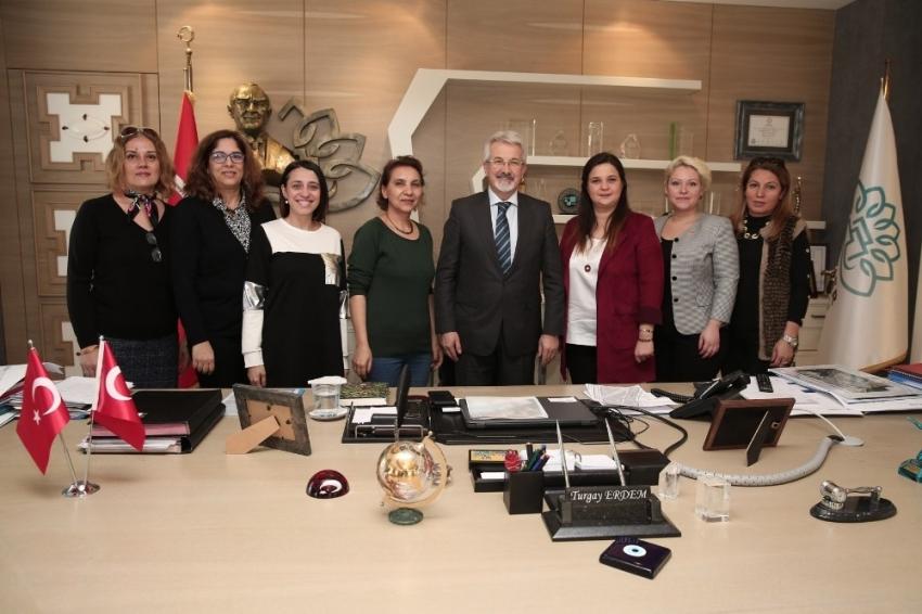 CHP Nilüfer Kadın Kolları'ndan Erdem'e ziyaret