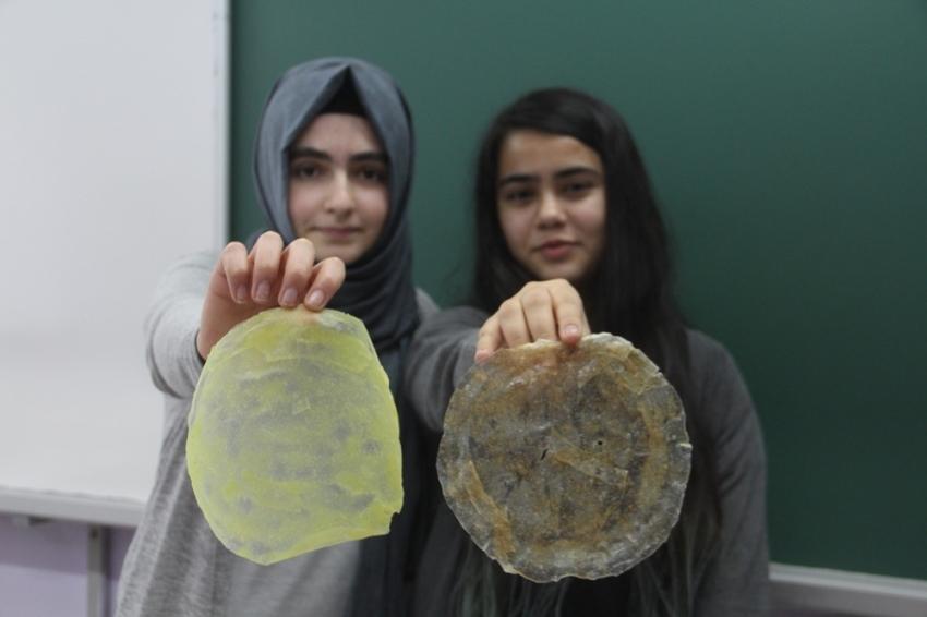 Zararlı plastiklerin yerine 'biyolojik plastik' ürettiler