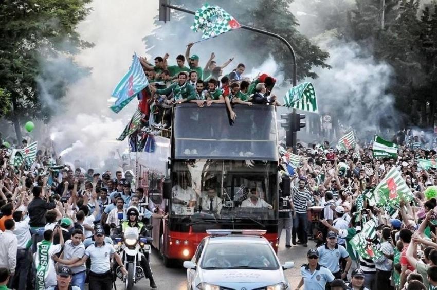 Türk futbolundaki devrimin 10. yılı