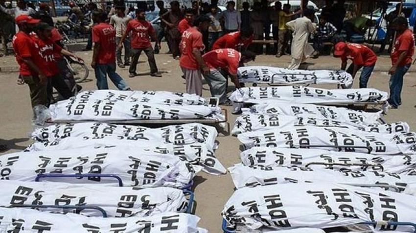 Pakistan'da ölü sayısı 1200 oldu