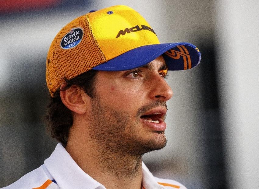 Ferrari, Vettel'in yerine Carlos Sainz'i getirdi